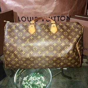 Auth Louis Vuitton Speedy 40